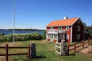 Jansonns gården på Rågö för uthyrning